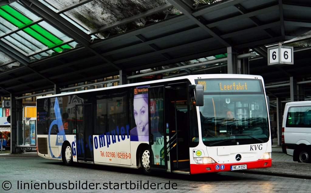 KVG (NE M 152). Aufgenommen am HBF Mönchengladbach, 16.12 ...