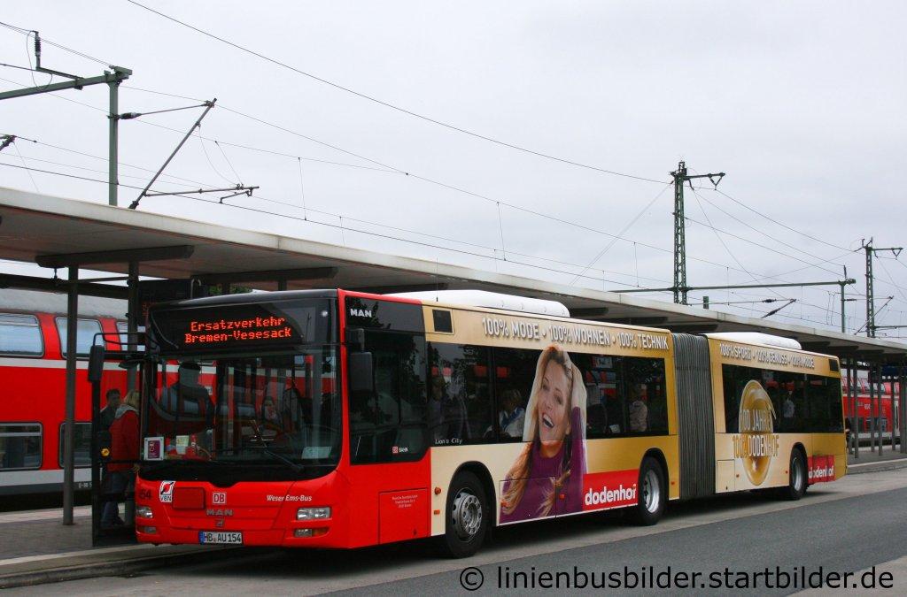 weser ems bus hb au 154 mit werbung f r dodenhof aufgenommen am bahnhof bremen burg 30 7. Black Bedroom Furniture Sets. Home Design Ideas