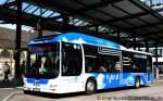 hagen/151685/wagen-700-von-der-strassenbahn-hagen Wagen 700 von der Strassenbahn Hagen ist der erste Hybrid Bus in Hagen. Aufgenommen am HBF Hagen, 9.4.2011.